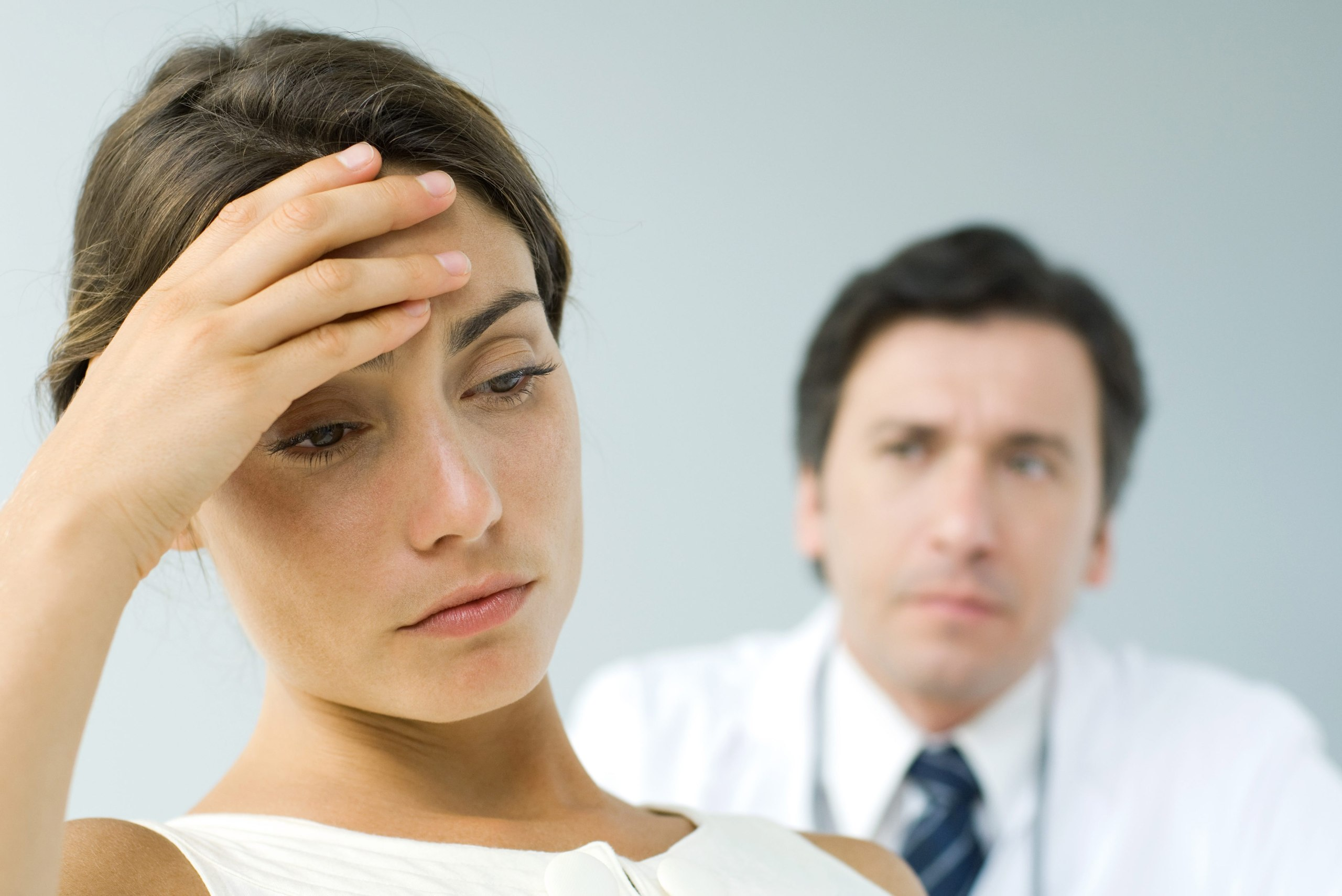 Болит голова при болезни