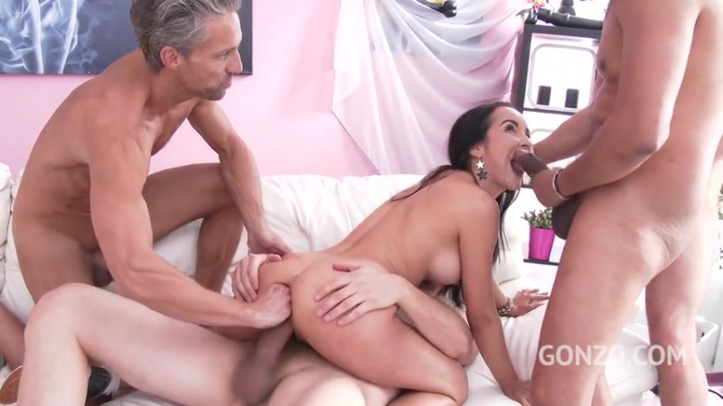 Francys Belle swallows five creampies after tremendous DAP triple penetration SZ1881