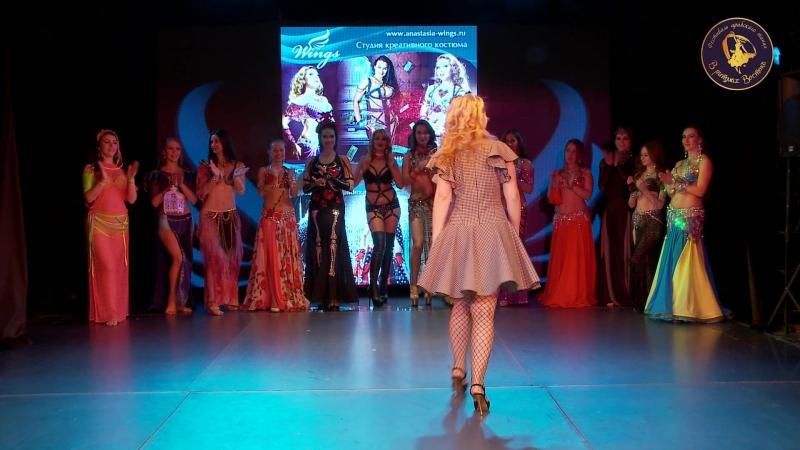дефиле костюмов для беллиданс и шоу от ателье WINGS » Freewka.com - Смотреть онлайн в хорощем качестве