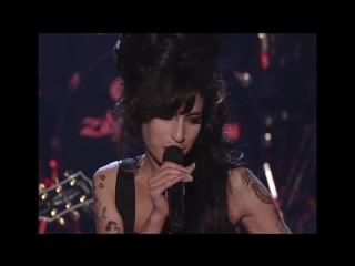 Amy Winehouse - Rehab (live at MTV Movie awards)