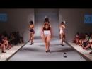 Показ мод для женщин в теле