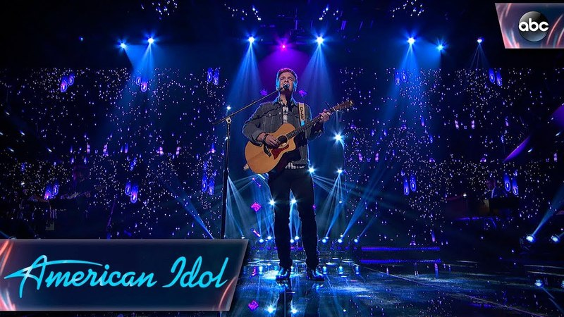 Caleb Lee Hutchinson Signs Don't Close Your Eyes by Keith Whitley - Finale - American Idol 2018