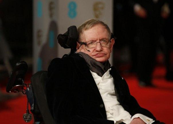 Всемирно известный английский физик-теоретик Стивен Уильям Хокинг скончался на77-ом году жизни, сообщает телеканалBBCсоссылкой напредставителя семьи.