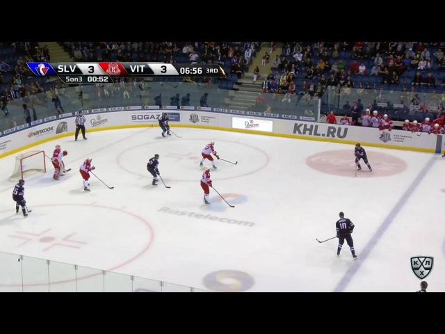 Моменты из матчей КХЛ сезона 16/17 • Гол. 4:3. Михал Ржепик (Слован) впервые вывел хозяев вперёд в счёте 27.09
