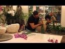 Слава Роска, букет Реснички с гвоздиками и орхидеями