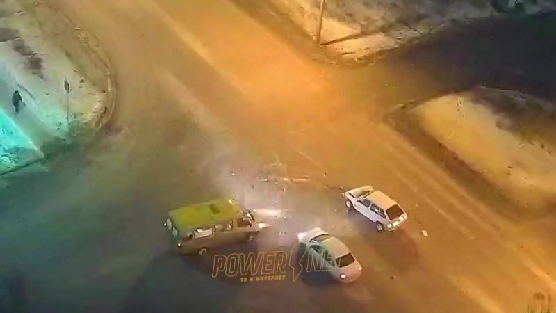 ДТП (авария г. Волжский) ул. Дружбы ул. 87 Гвардейская 09-03-2018 19-20