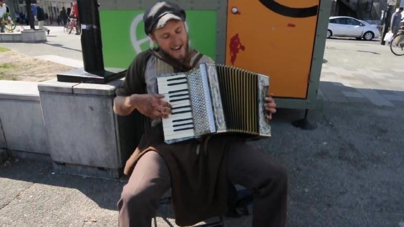 Scott Dunbar - Tin Foil Hat (One Man Band Singing)