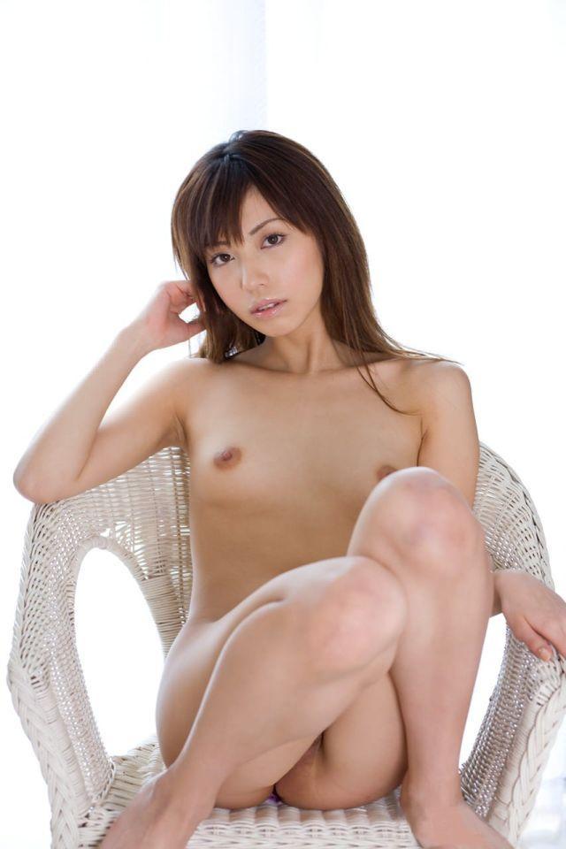 Horny oriental masturbate hard her slippery