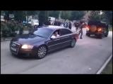 Audi A8 4.2 TDI vs Land Rover Deffender