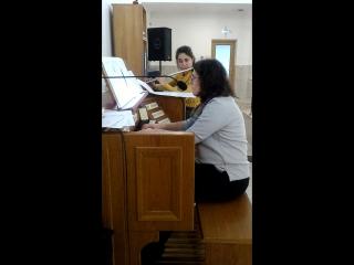 Бугрова Анастасия (орган) и Александра Обнорская (флейта)