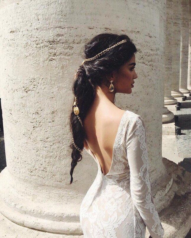 В тот день, когда женщина сможет любить благодаря своей силе, а не благодаря сла...