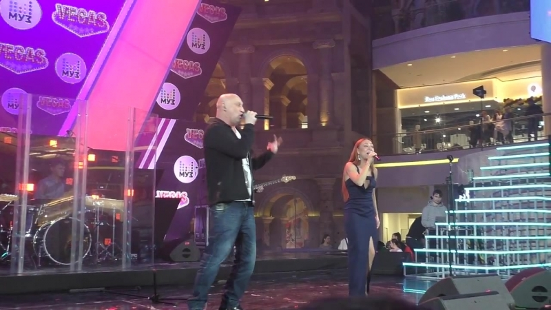 Партийная зона МУЗ-ТВ - Гоша Куценко и Юлия Пак