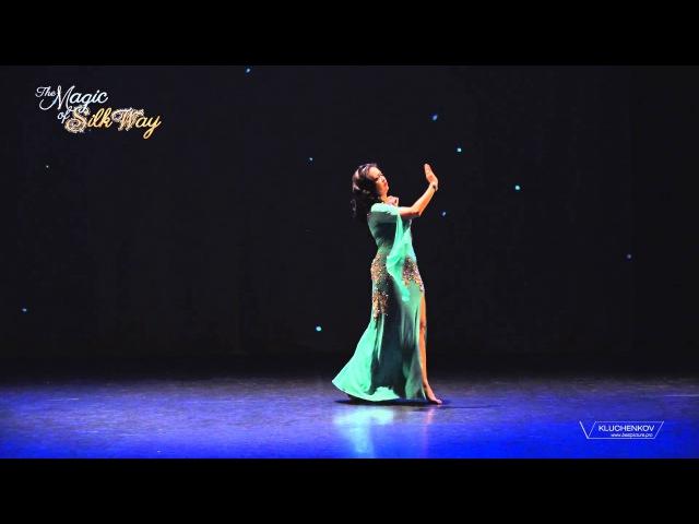 Jannat @ The Magic of Silk Way show in Geneva, Dec 2015 - Amal Hayati (Oum Kulsoum)