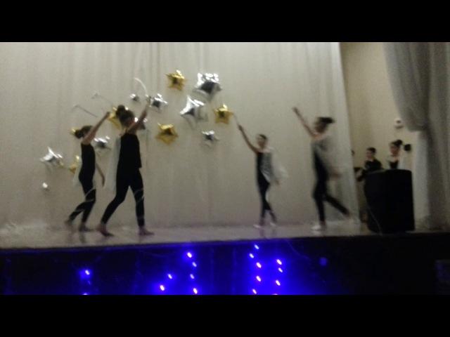 Танец на день матери Белые ангелы школа 76. 5Д класс!