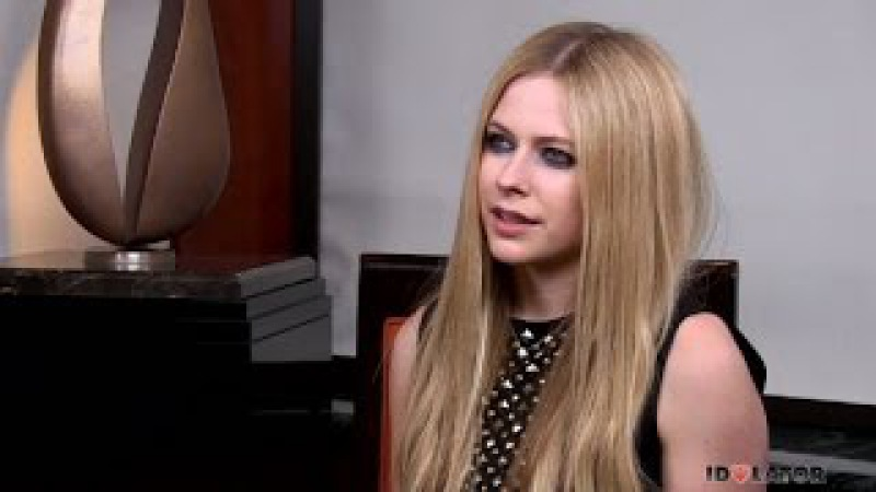 Avril Lavigne interview 2017