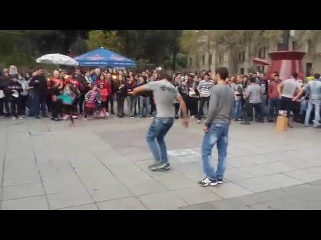 Чеченцы и Грузины танцуют лезгинку в Грузий / ჩეჩნები და ქართველები ცეკვავენ ერ