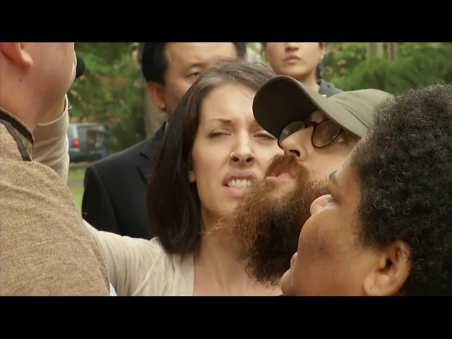 Man With Confederate Flag AR-15 Gets Confronted By Protesters In Charlottesville!