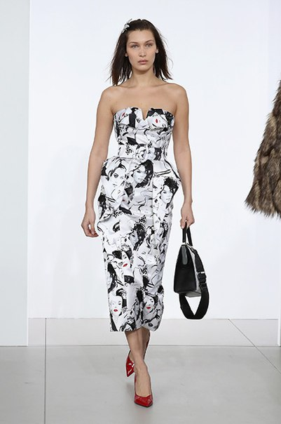 Неделя моды в Нью-Йорке: Блейк Лайвли, Эмили Блант, Белла Хадид и другие на показе Michael Kors