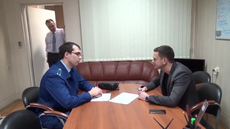 Кремлю и мэрии Москвы такое не понравилось, и они прислали прокурора с предостережением о запрете праздника!