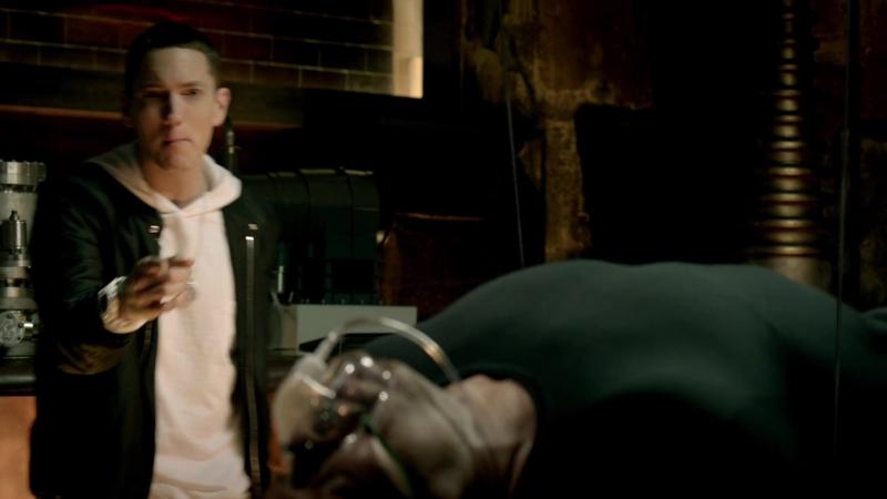 Dr. Dre - I Need A Doctor ft. Eminem, Skylar Grey (1080p)