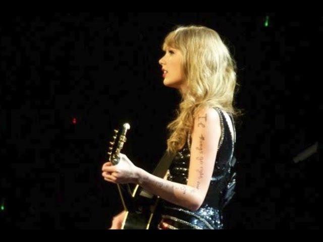 Taylor Swift - Long Live Speak Now Tour