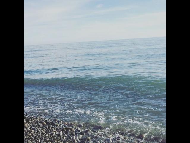 Чёрное море. Загораем😜 Имеретинская Набережная Олимпийского Парка Сочи