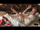 Горячий оператор предложил актеру приятно расслабиться в трусиках, смотреть без смс и регистрации