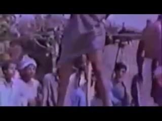 Kazn_pedofila_v_Indii-spaces.ru.mp4