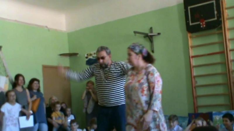 Дядюшка Вилли в роли КОРОЛЯ ЭФРОИМА Первого!