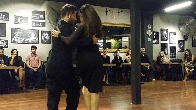 Eşref Tekinalp Vanessa Gauch Arabacıoğlu - 3 - Esta