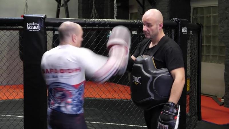 Кружка или горизонтальный кулак — как лучше бить Все боковые удары в боксе от Святослава Шталя!