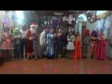 Песня в новогодней сценке)))