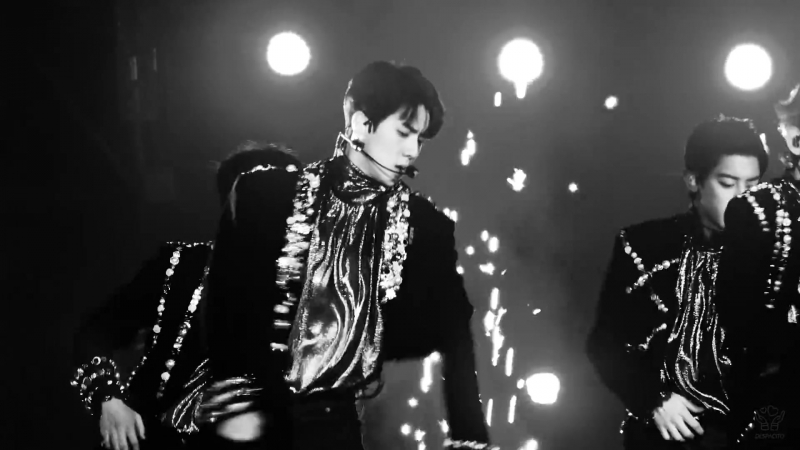 [FANCAM] 171225 SBS Gayo Daejun @ EXO's Sehun - Ko Ko Bop