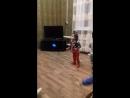 мята и дияна танцевать