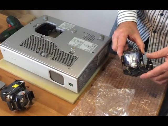 How to Replace a Projector Lamp in Projector SONY VPL-CX85