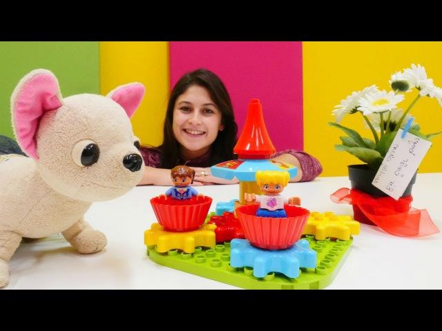 Ayşe'ye düğün hediye geliyor 🎁. Yeni LEGO oyuncaklar ve papatya çiçeği 🌼. Eğiticivideo izle!