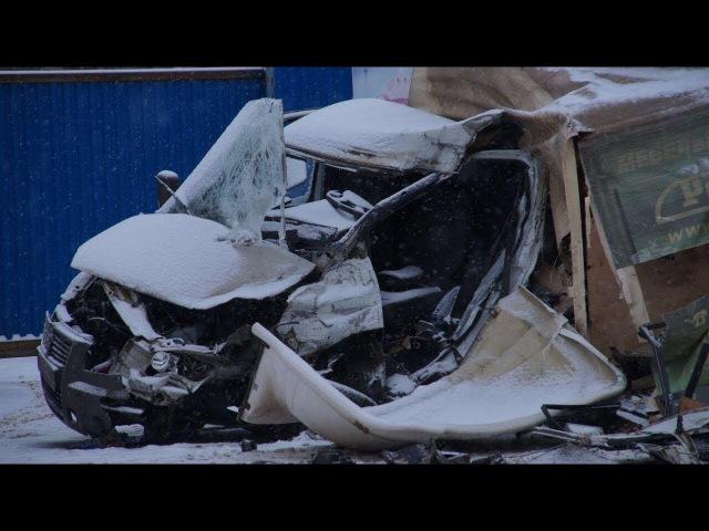 В Туле около поста ДПС грузовик протаранил «ГАЗель»