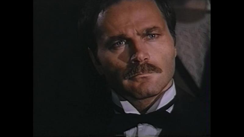 Красные колокола. Я видел рождение нового мира (1982) 1 – историческая кинодрама.