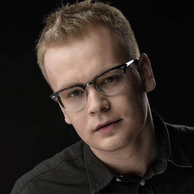 Олег Евсеев