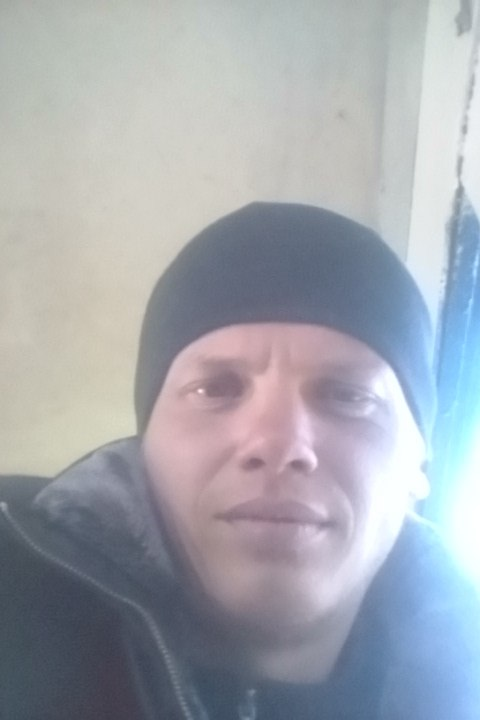 Vladimir, 28, Surgut
