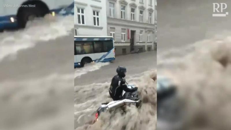 User-Videos So heftig tobte das Unwetter über NRW