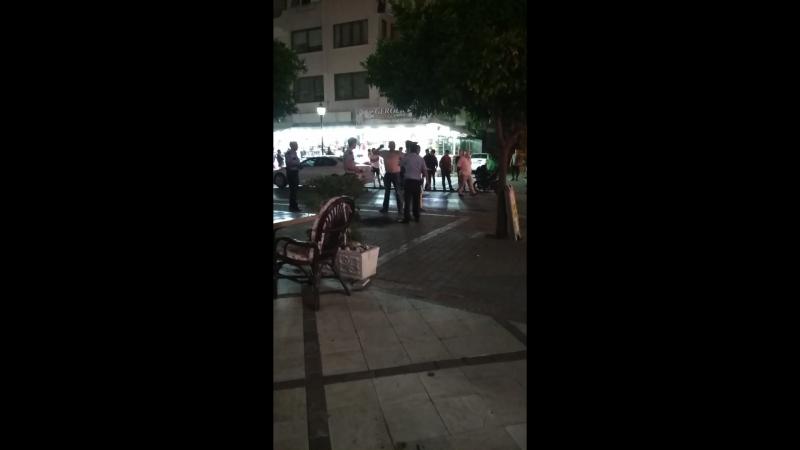 В Турции полиция задержала турка за попытку поджога самого себя. Xperia Grand Bali Hotel