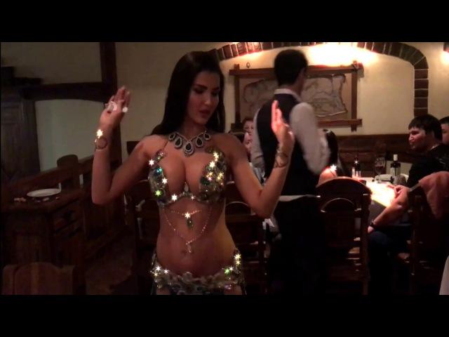 БОМБИЧЕСКИЙ ДУЭТ! Красивые танцы живота в ресторане Бакинский бульвар, Мытищи ЛИНДА ШОУ
