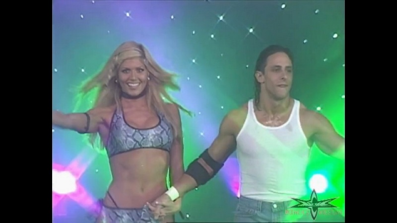WCW Nitro 02/14/00 - Torrie Wilson Paisley Managing in Tag Team Action