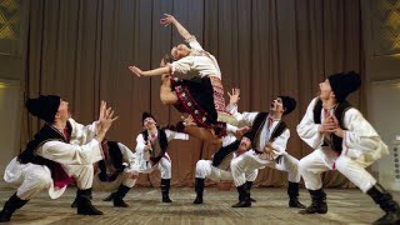 Молдавский шуточный танец Табакеряска. ГААНТ имени Игоря Моисеева.