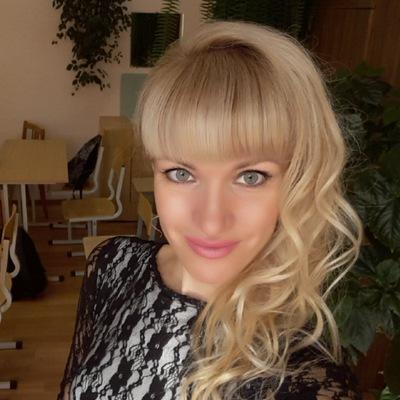Анна Конюхова