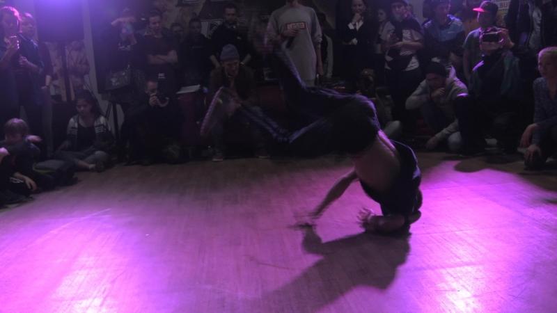 Free Flow Fest 2017. Breaking pro. Полуфинал . Coolgrag vs. Bud vs. Гнун