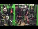 Люк Ричардсон, приседания 330 кг