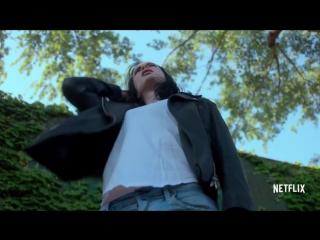 Трейлер второго сезона Джессики Джонс с отсылкой к Человеку-Пауку