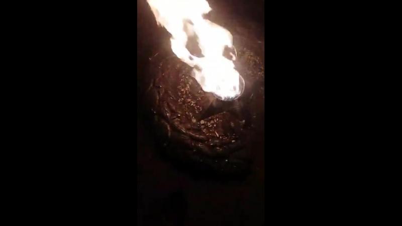 Вот такое безобразие на вечном огне. Автор: Адель Хусаинов